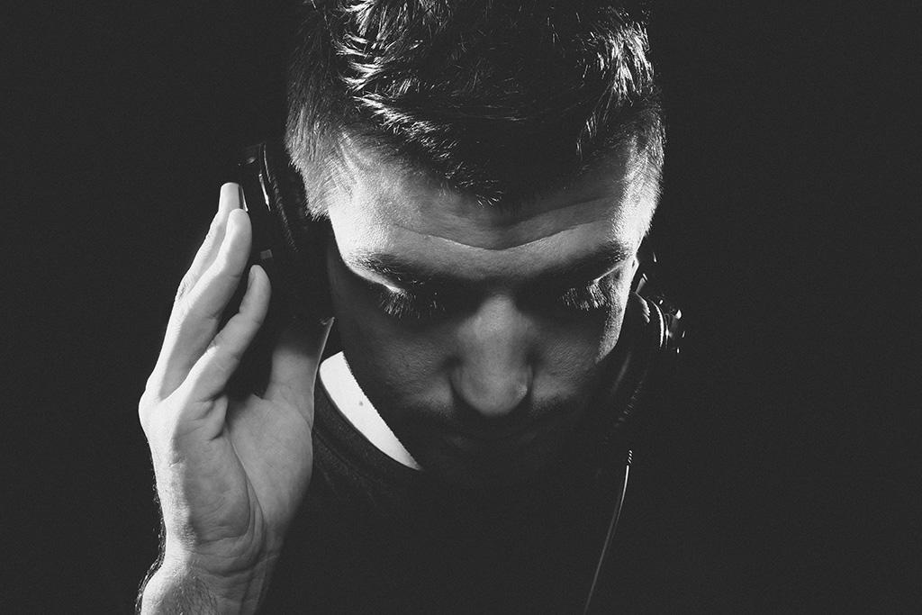 ABOUT DJ FAITH
